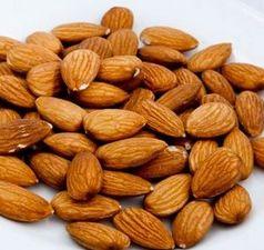 7つの糖尿病に良い食べ物はアーモンド