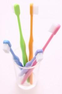 血糖値を下げるには毎食後のハミガキで歯周病を治すことです