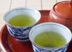 糖尿病には緑茶とクルミを一緒に摂れば良い