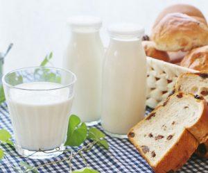 牛乳はセカンドミール効果で血糖値を上げないのでお薦めです
